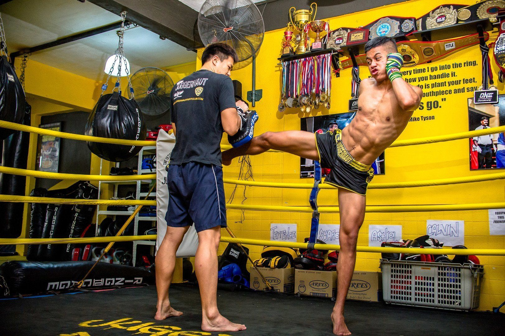 How-to-be-a-Great-Muay-Thai-Training-Partner