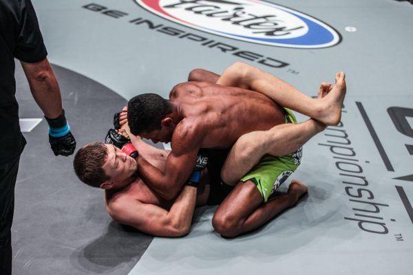 Tilek Batyrov VS Adriano Moraes