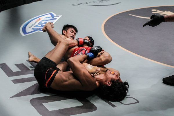 Danny Kingad Dominates Eugene Toquero For Submission Victory