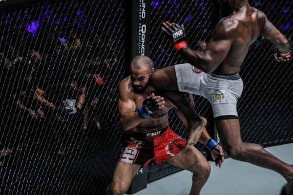 Leandro Ataides Wins By Flying Knee KO In Bout Dedicated To Sister