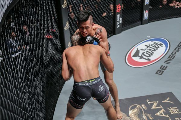 The Best Submissions Of 2016 #5: Martin Nguyen's Guillotine Choke