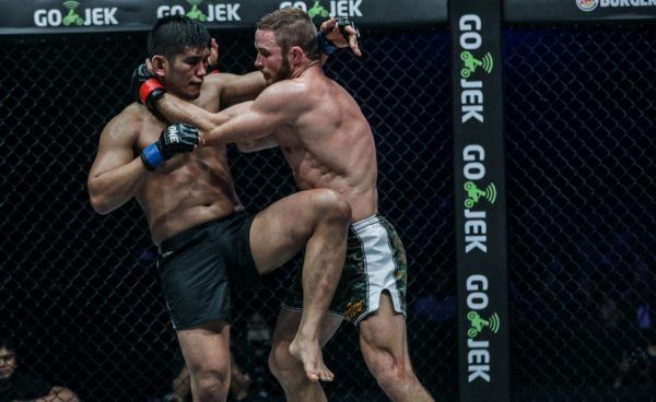 Vitaly Bigdash And Aung La N Sang's Epic First Bout In Pictures