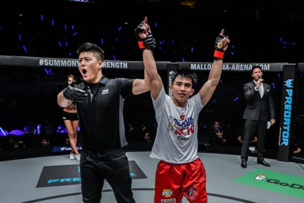 Joshua Pacio Spins It To Win It Over Roy Doliguez