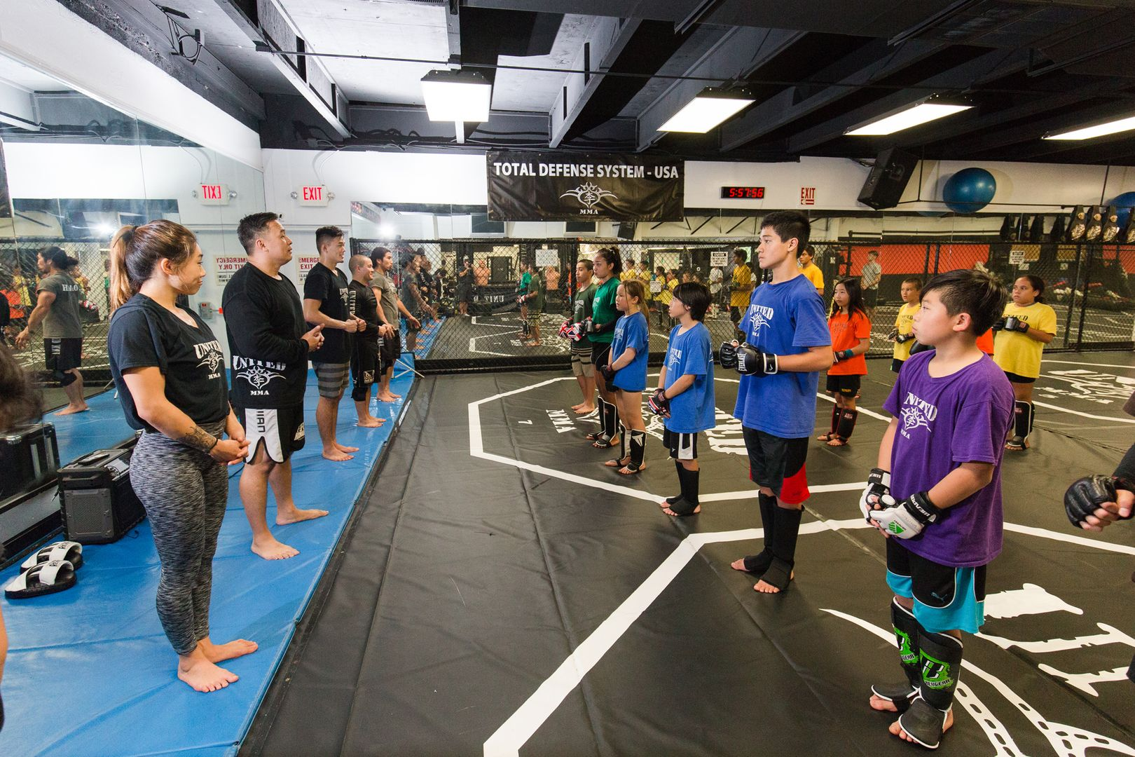 Ken Lee teaches a class at United MMA