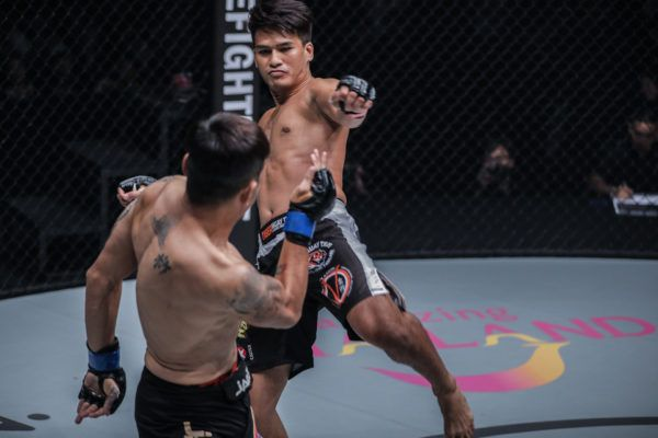 Shannon Wiratchai Smiles And Strikes His Path To Victory