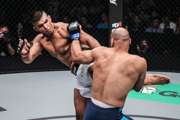 Agilan Thani Dominates Sherif Mohamed For Decision Victory