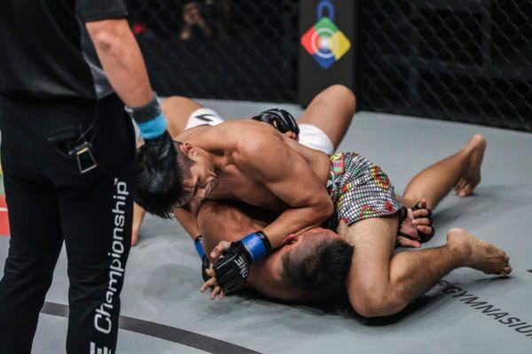 Hisyam Samsudin TKOs Jeremy Meciaz In Emotional Win