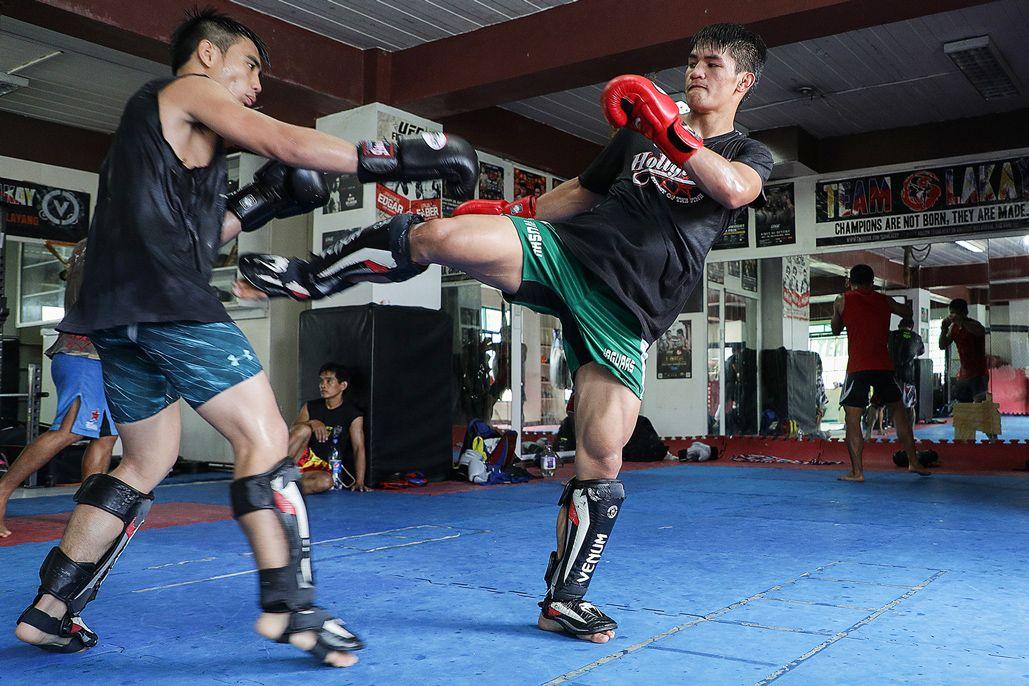 Team Lakay's dynamic duo Joshua Pacio and Danny Kingad train in Baguio City