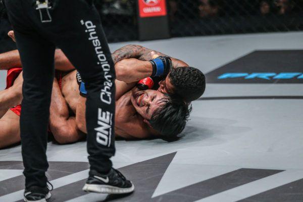 Adriano Moraes Chokes Out Danny Kingad To Retain Belt