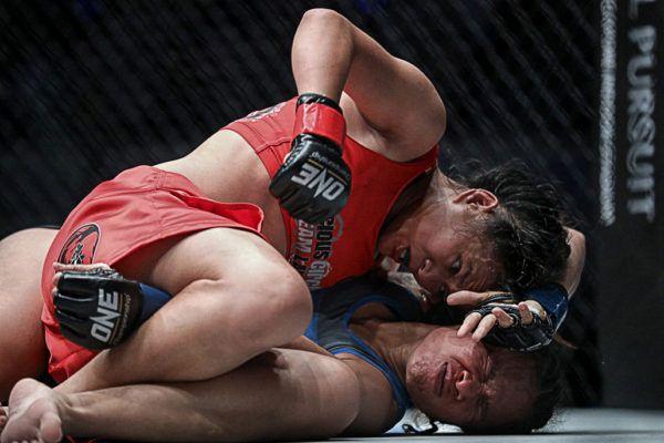 Priscilla Hertati Lumban Gaol VS Gina Iniong