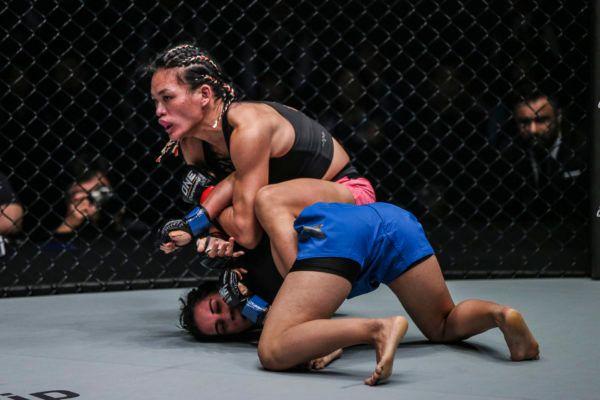 Tiffany Teo Faces Xiong Jing Nan For Inaugural Women's Strawweight World Title