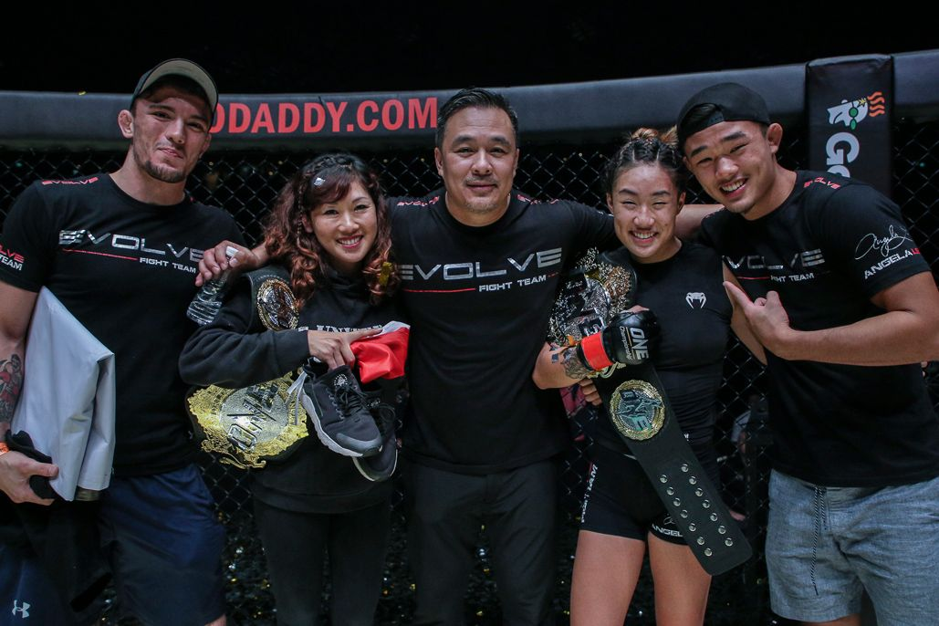 Angela Lee with her mother, her father, her brother Christian, and her husband Bruno Pucci