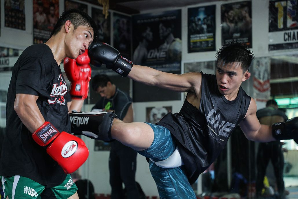 Joshua Pacio and Danny Kingad train at Team Lakay