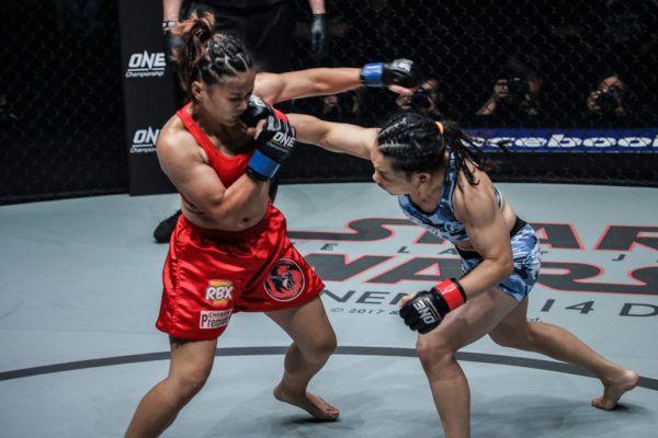 Gina Iniong VS Mei Yamaguchi