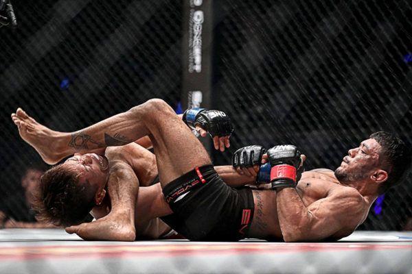 Hayato Suzuki VS Alex Silva