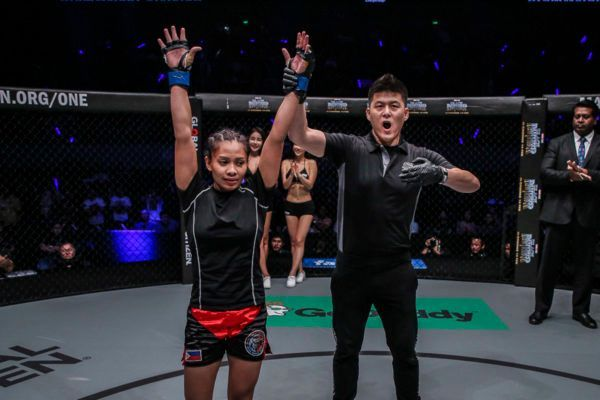 Jomary Torres Sets Record For Fastest Women's KO