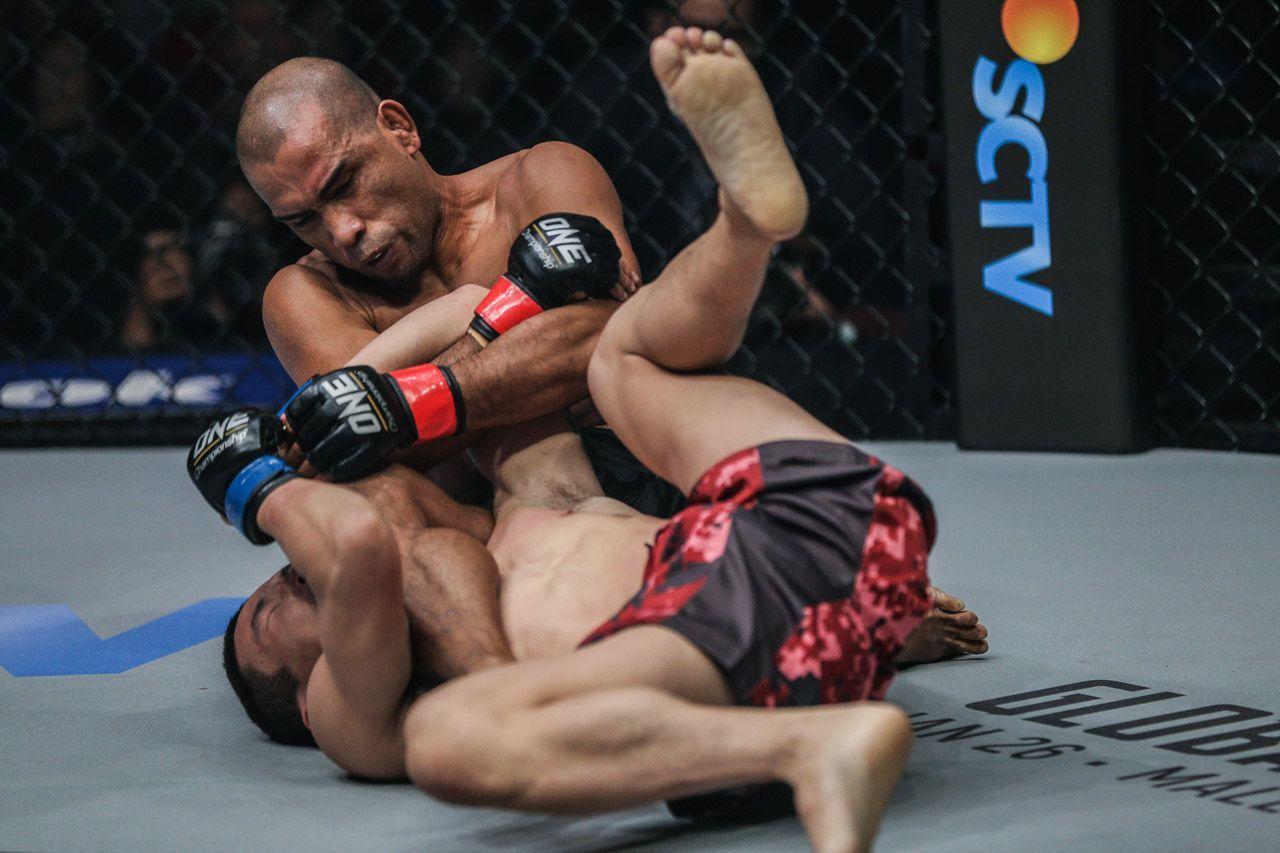 Filipino MMA star Rene Catalan goes for an armbar