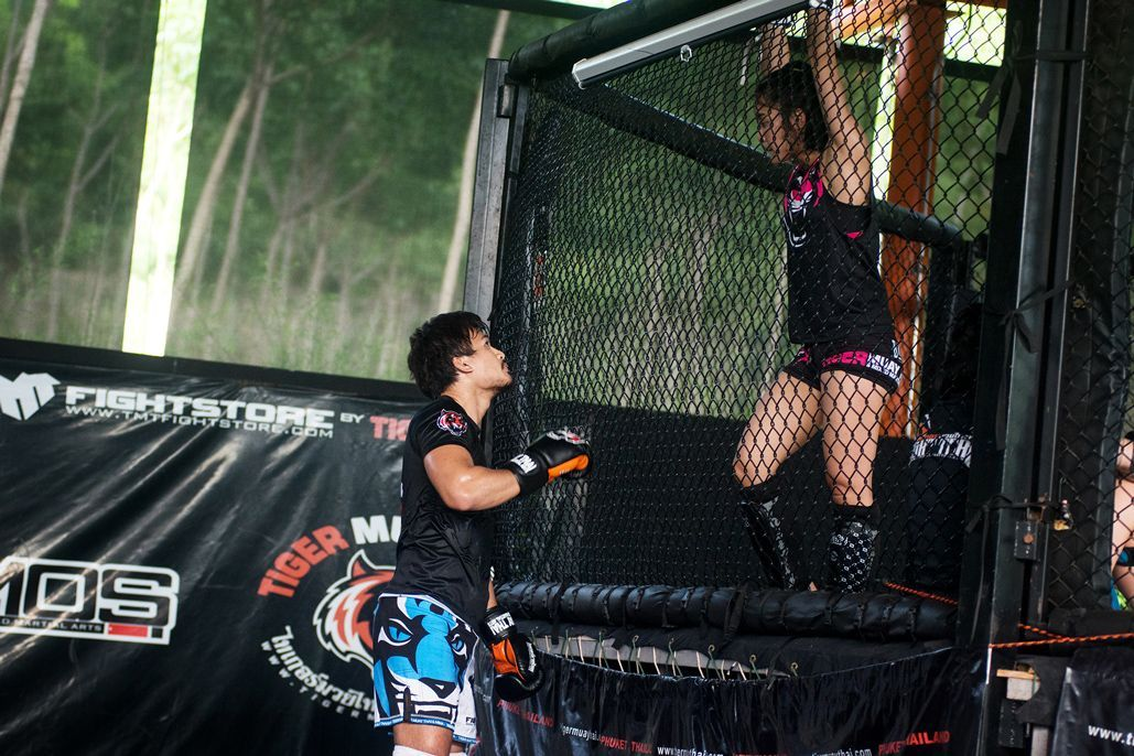 Thai mixed martial artists Shannon Wiratchai and Rika Ishige train at Tiger Muay Thai