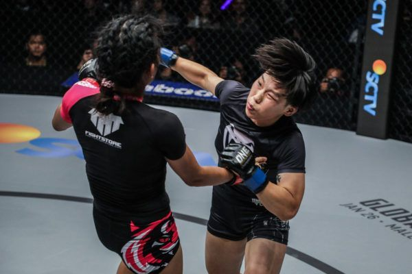 """The Panda"" Xiong Jing Nan defeats Tiffany Two via KO"