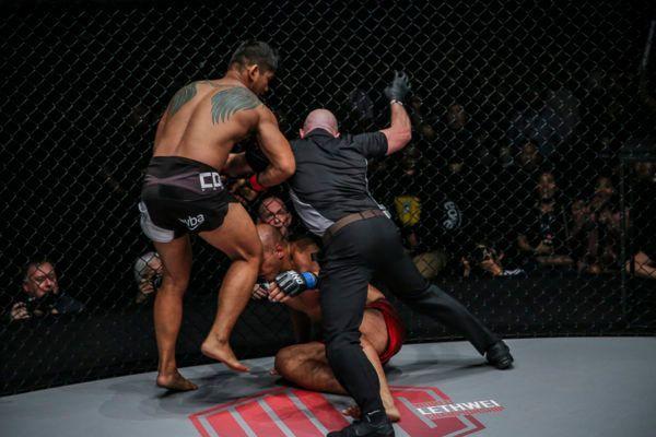 Alexandre Machado VS Aung La N Sang
