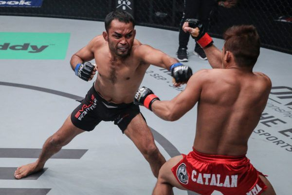 Dejdamrong VS Robin Catalan