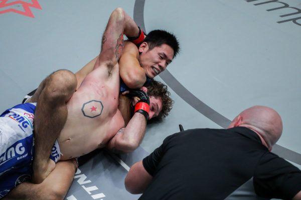 Tetsuya Yamada VS Kyle Rozewski