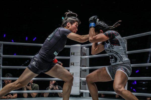 Laura Balin VS Xiong Jing Nan