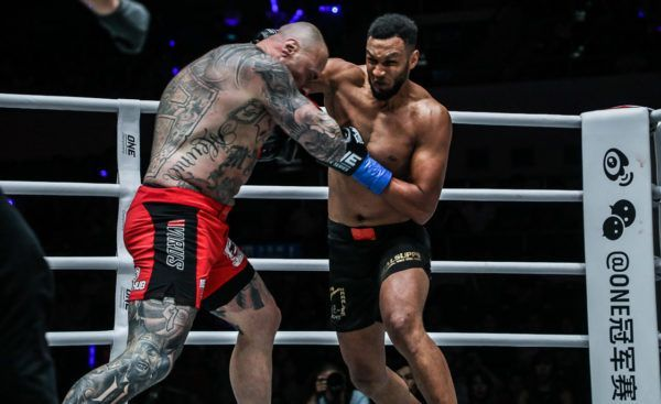 Ibrahim El Bouni Knocks Out Andre Meunier In Sensational Fashion