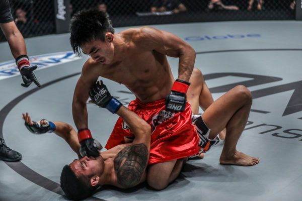 Spectacular Joshua Pacio Submission Ends Pongsiri Mitsatit's Undefeated Run