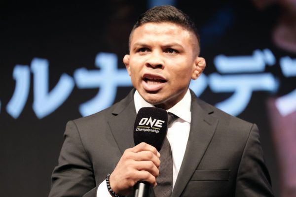 "Bibiano Fernandes ""Knows What To Do"" To Beat Kevin Belingon In Japan"