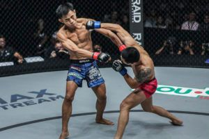 Peng Xue Wen's Striking Was Too Sharp For Stefer Rahardian
