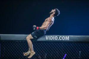 Saygid Guseyn Arslanaliev Knocks Out Timofey Nastyukhin In Jakarta