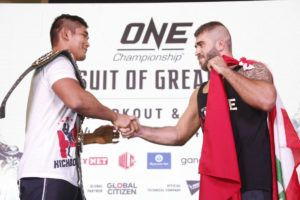 Aung La N Sang And Mohammad Karaki Face Off At Media Open Workout