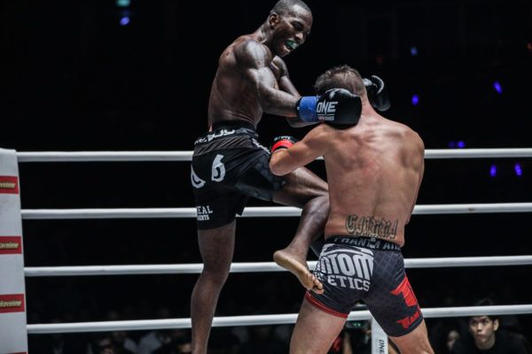 Anthony Njokuani Surprises Andy Souwer With Split Decision