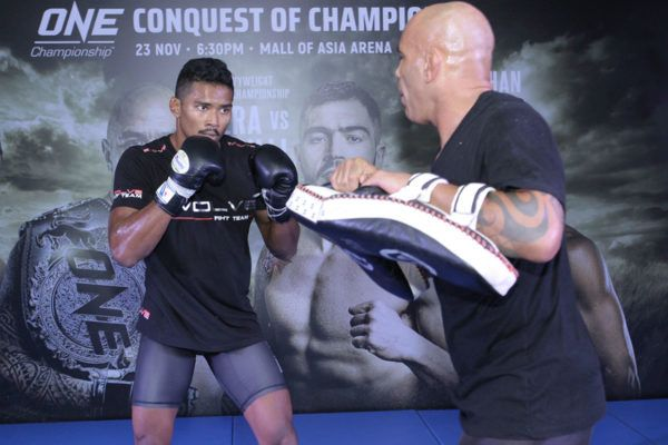 Amir Khan's Weapons Are Sharp For Eduard Folayang