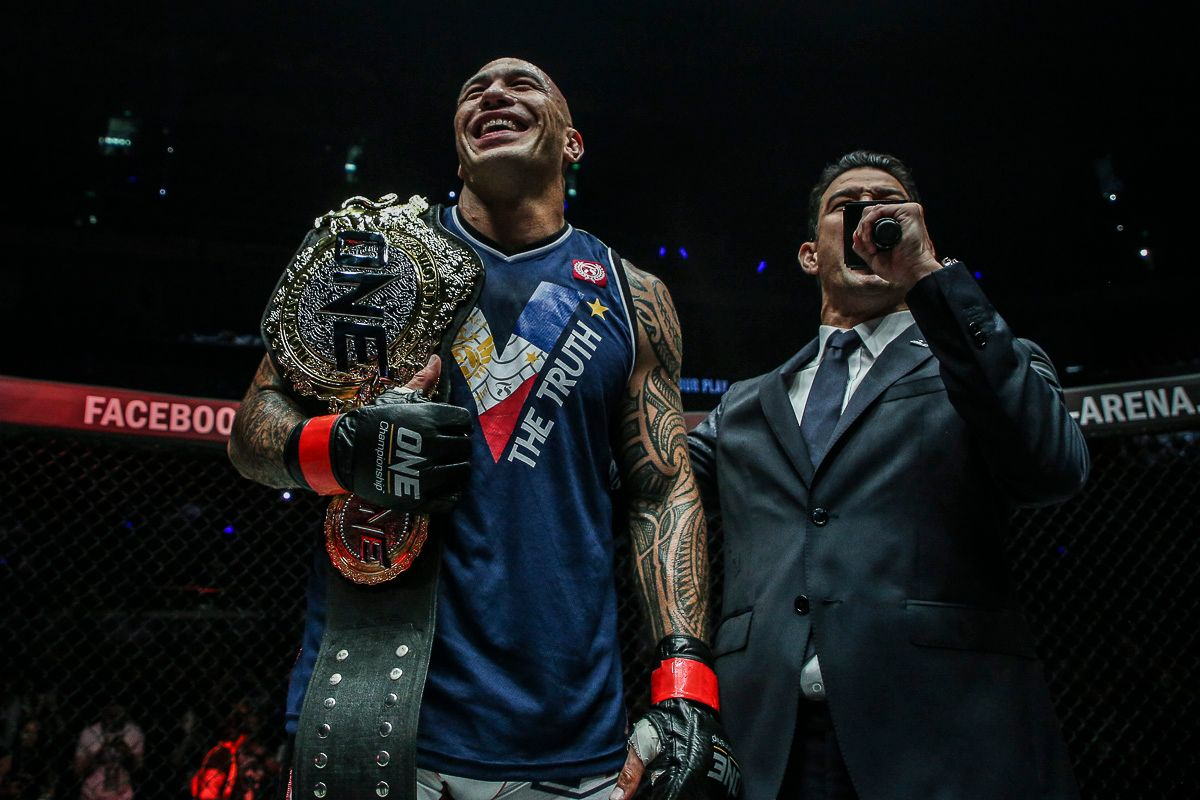 brandon vera with one heavyweight championship belt