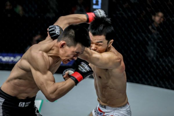 Dae Hwan Kim Edges Superb Bout With Zhao Zhi Kang