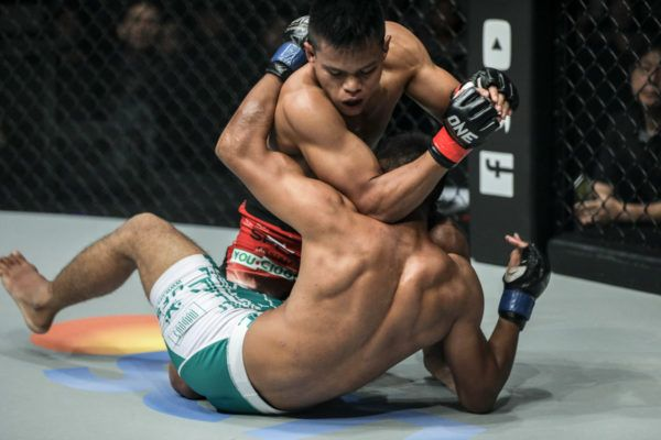 Elipitua Siregar Stays Perfect With Submission Win