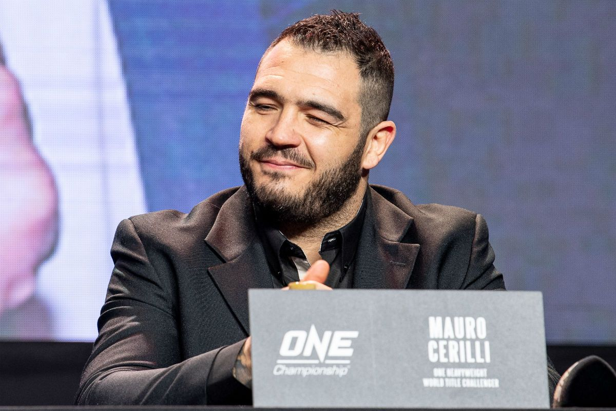 """Mauro """"The Hammer"""" Cerilli soaks up the love from the Filipinio fans at the ONE: CONQUEST OF CHAMPIONS press conference"""