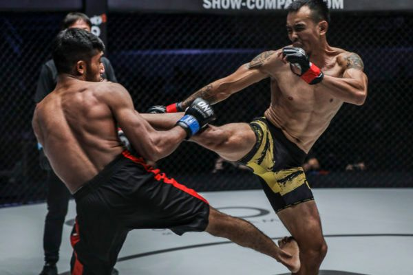 Rudy Agustian Dominates Asraful Islam For Three Rounds