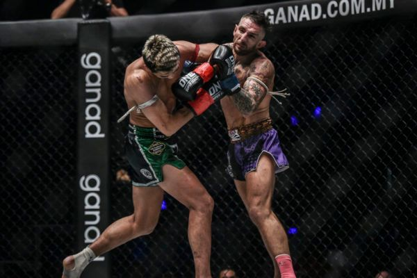 Petchmorrakot Earns Highlight-Reel Knockout With Incredible Elbow