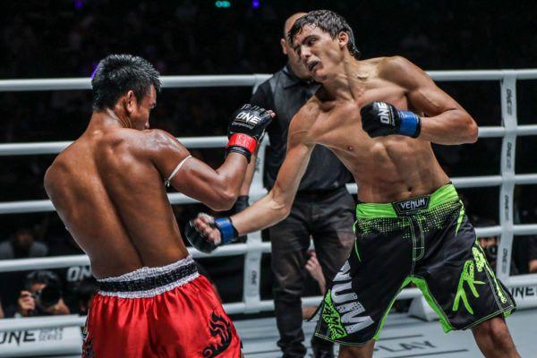 Alaverdi Ramazanov faces Kongsak PK.Saenchaimuaythaigym at ONE: CLASH OF LEGENDS in Bangkok, Thailand