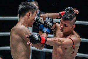 Nong-O GAiyanghadao defeats Han Zi Hao at ONE: CLASH OF LEGENDS