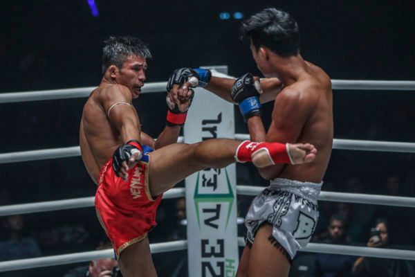 Superlek Puts On A Muay Thai Masterclass At ONE: CLASH OF LEGENDS