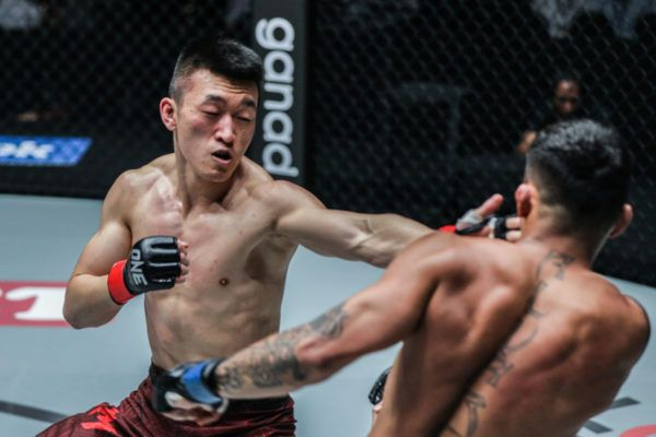 "Chen ""The Ghost"" Rui Earns A Remarkable Second-Round TKO"