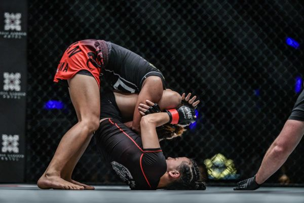 Jomary Torres VS Lin Heqin
