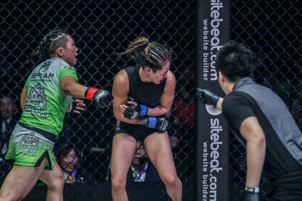 Xiong Jing Nan Retains Her Crown With Incredible Comeback Win Over Angela Lee