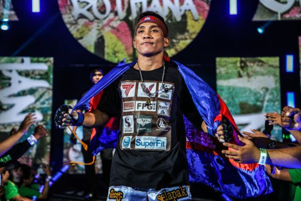 Cambodian flyweight Chan Rothana heads to the Circle