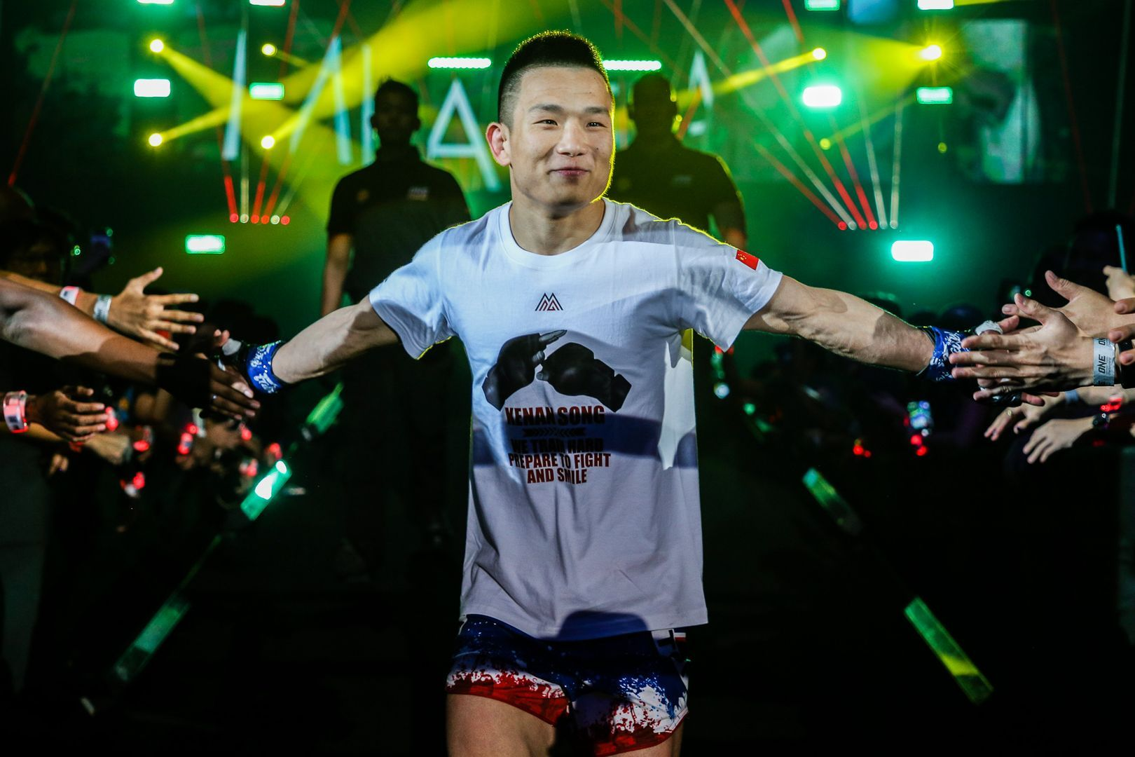 Miao Li Tao enters the Singapore Indoor Stadium to face Dejdamrong Sor Amnuaysirichoke at ONE: ENTER THE DRAGON