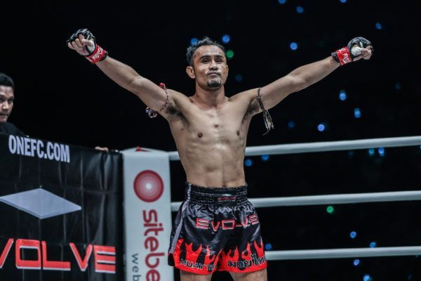 Muay Thai legend Sam-A Gaiyanghadao